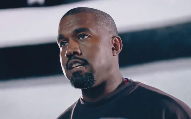 #Video Relanza Kanye West campaña presidencial; pide 'revivir a EE.UU. a través de la fe' - Kanye West en video de campaña presidencial. Captura de pantalla