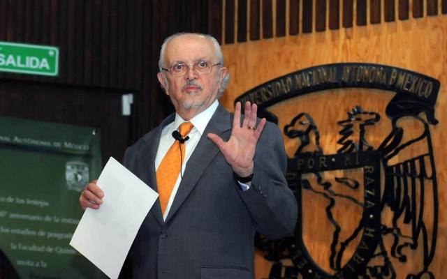 La UNAM y la ciencia mexicana están de luto, afirma el rector Enrique Graue tras muerte de Mario Molina - Mario Molina en la UNAM. Foto de UNAM
