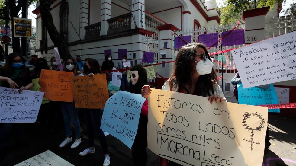 Disputa por dirigencia nacional de Morena escala entre denuncias sexuales - Foto de EFE