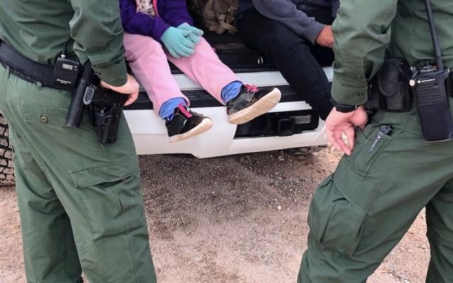 EE.UU. viola acuerdo y expulsa a México a niños migrantes de otros países, revela NYT - Foto de EFE