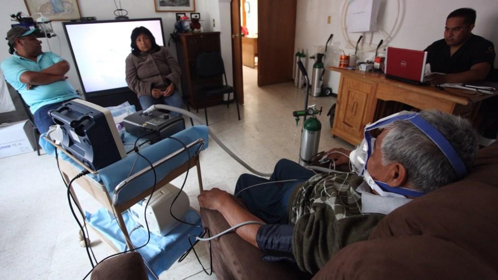 Enfermos de EPOC en América Latina, en riesgo por pandemia de COVID-19 - Paciente con enfermedad pulmonar en tratamiento. Foto de EFE