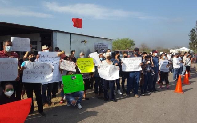 Familiares de mineros de Pasta de Conchos denuncian exclusión en visita de López Obrador - Foto Twitter @PASTADECONCHOS