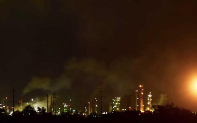 Explota calentador en refinería de Tula; no hay heridos y planta opera con normalidad - Foto de Milenio