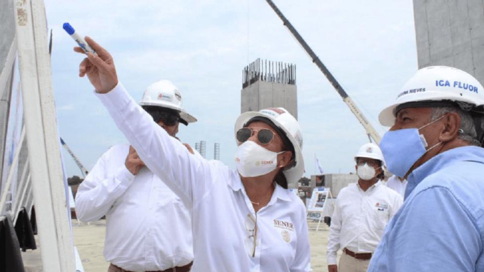 Recomendaciones de frenar inversión llevaron a dependencia y déficit; hoy el presidente invierte: Rocío Nahle a FMI - Rocío Nahle, secretaria de Energía. desde Dos Bocas. Foto de SENER.