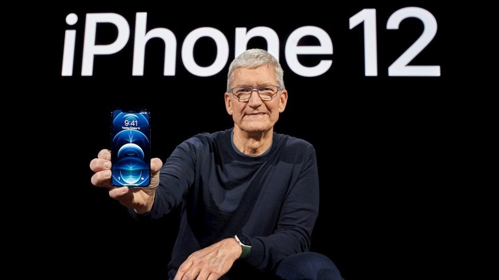 Apple presenta el iPhone 12, el primero compatible con redes de internet 5G