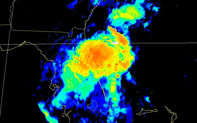 Tormenta 'Eta' sale al Atlántico; deja Florida anegada y con saldo de un muerto - Trayectoria de tormenta tropical Eta. Foto Twitter @NHC_Atlantic
