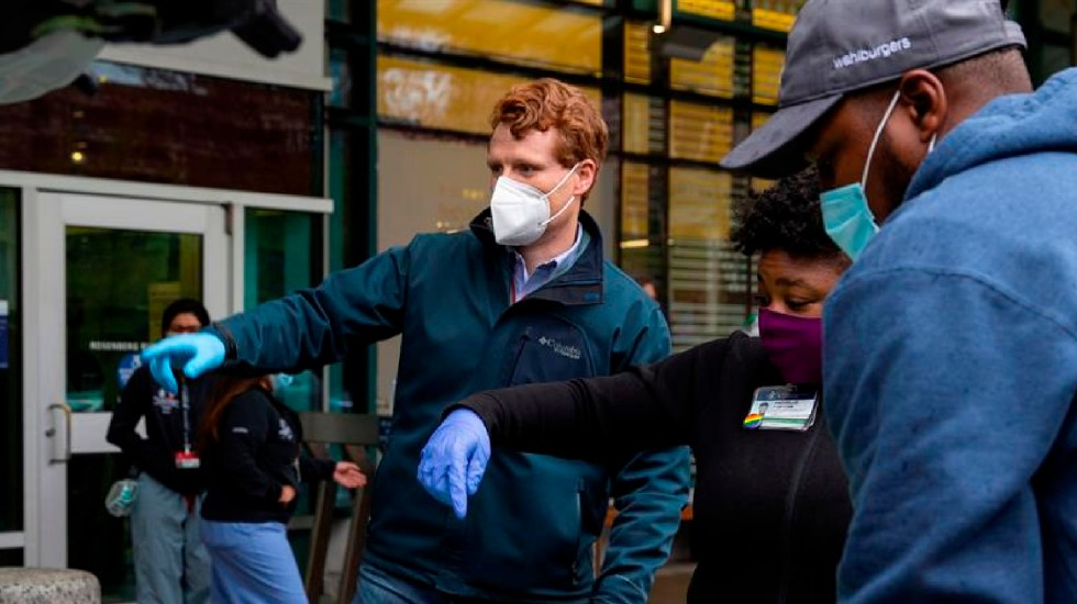 EE.UU. rebasa los 11 millones de casos confirmados de COVID-19; supera los 246 mil muertos - Foto EFE