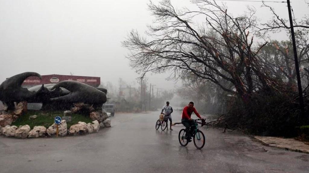 'Eta' sale de Cuba y amenaza con inundaciones a La Habana en su rumbo a Florida - Foto EFE