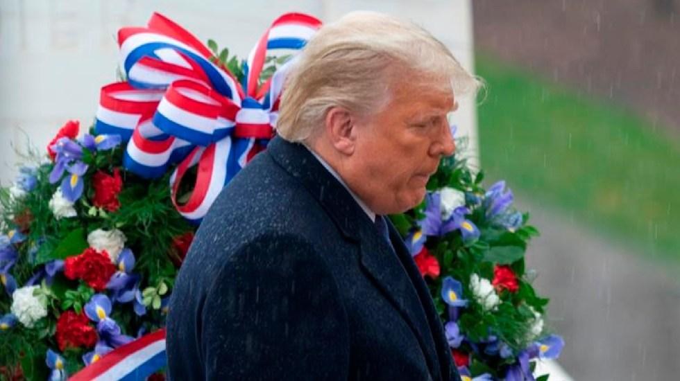 ¿Qué pasa si Trump se niega a salir de la Casa Blanca? - El presidente de Estados Unidos, Donald J. Trump, acudió a la celebración del Día Nacional de los Veteranos en el Cementerio Nacional de Arlington en Arlington, Virginia. Foto EFE