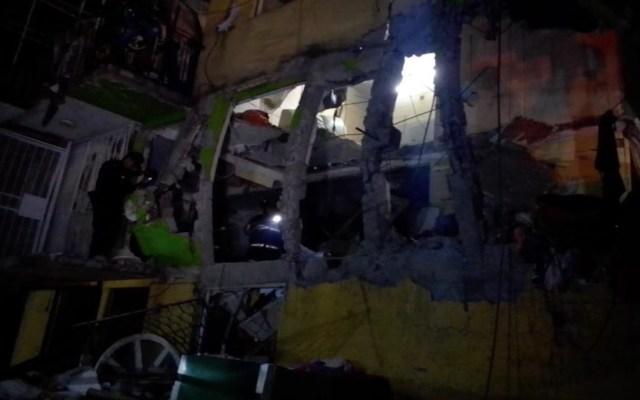 #Fotos El antes y el después de la vecindad que explotó en la colonia Morelos - Foto de Bomberos CDMX