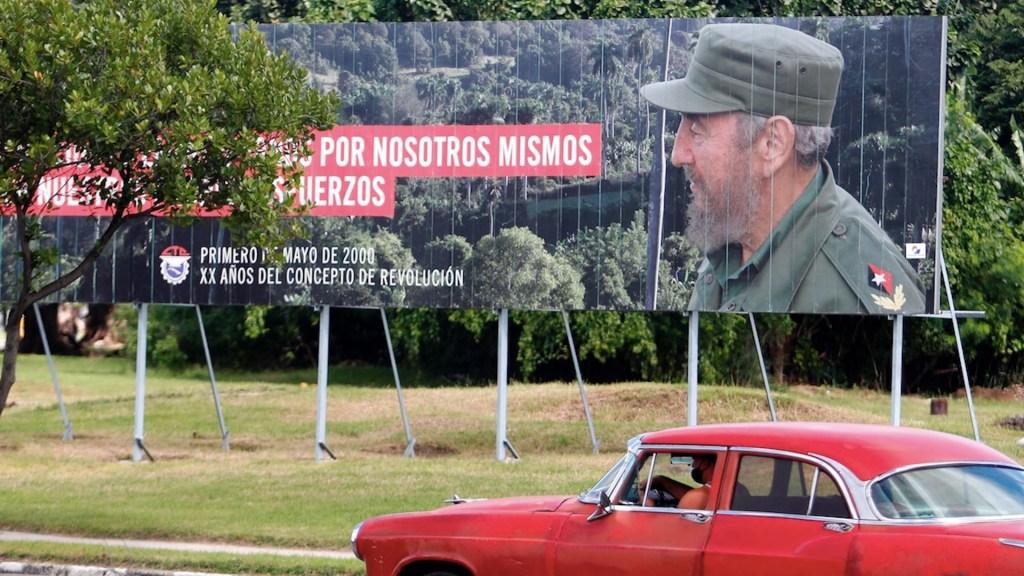 """Cuba conmemora la muerte de Fidel Castro con una jornada de actividades dedicadas al """"comandante en jefe"""". Noticias en tiempo real"""