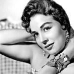 Murió, a los 90 años, Flor Silvestre