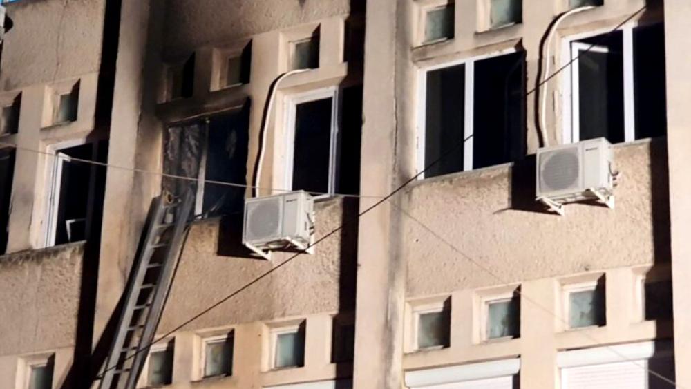 Diez muertos tras incendio en un hospital de COVID-19 en Rumania - Foto de Ziar Piatra Neamț