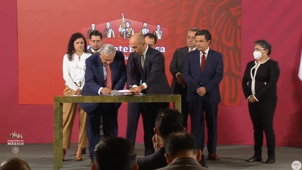 Iniciativa para regular outsourcing no cuenta con consenso de iniciativa privada: Coparmex - Foto de Twitter Gustavo de Hoyos