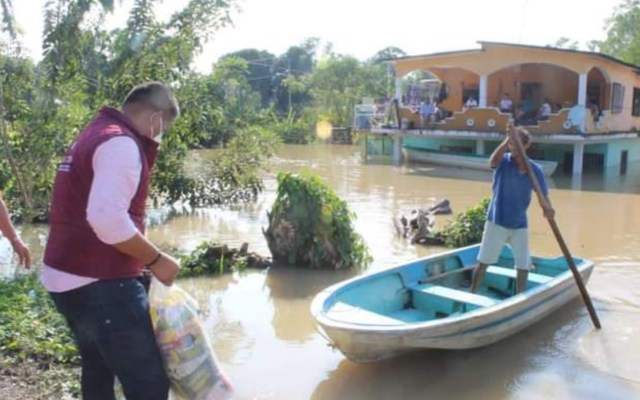 España dona 300 mil dólares para afectados por inundaciones en Chiapas y Tabasco - Foto de @AMEXCID