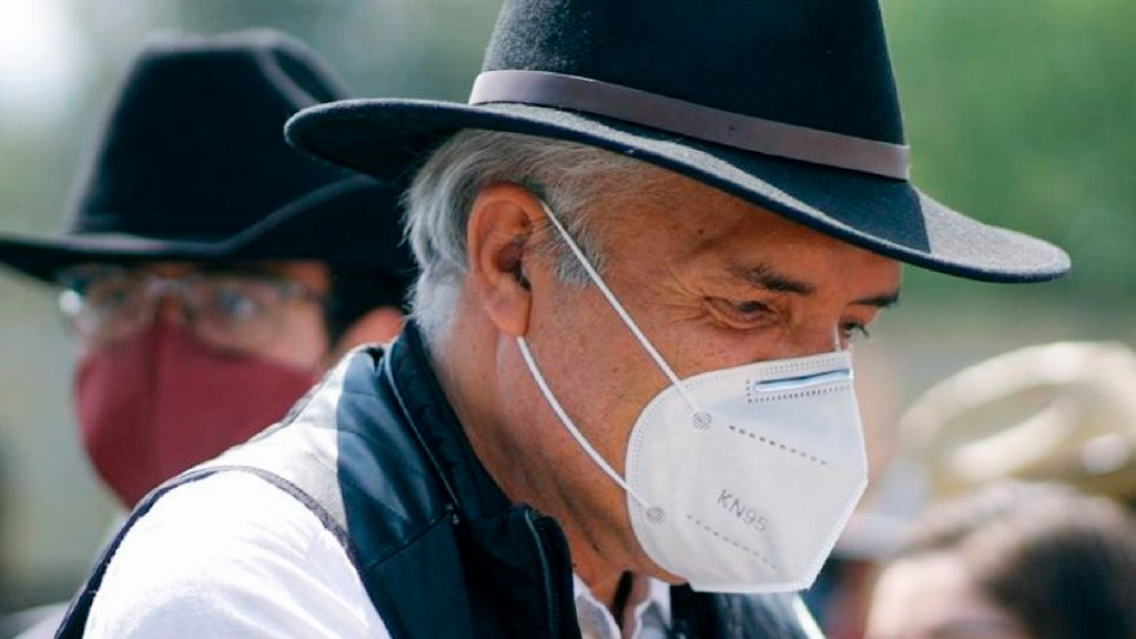 José Manuel Mireles sigue delicado y en terapia intensiva por COVID-19, confirma su esposa - José Manuel Mireles sigue delicado y en terapia intensiva por COVID-19, confirma su esposa. Foto Twitter @DrJMMireles
