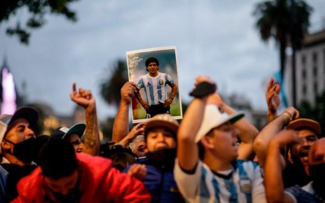 Abren en la Casa Rosada el velatorio público de Maradona - Foto de EFE