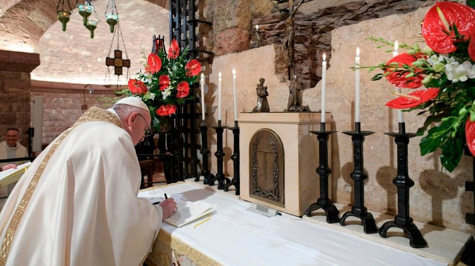 El papa Francisco expresa su dolor por el atentado de Viena; exige el fin de violencia - Foto Twitter @Pontifex_es
