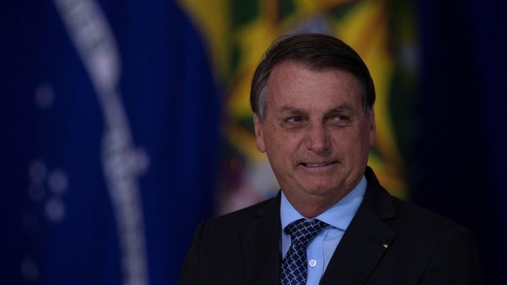Dan de alta al presidente Bolsonaro tras sufrir obstrucción intestinal - Presidente Jair Bolsonaro de Brasil. Foto de EFE