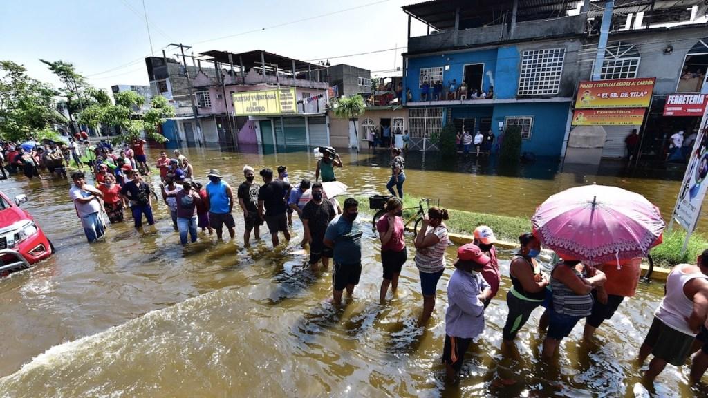 Continúan afectaciones en Tabasco por inundaciones; río Grijalva ocasiona inundaciones en Villahermosa - Foto de EFE