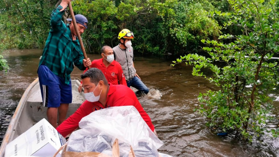 Llama López Obrador a tabasqueños a refugiarse ante inundaciones - Foto Twitter @ProcivilTabasco
