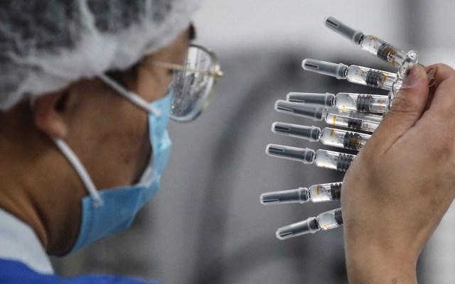 Casi un millón de personas en China ha recibido vacuna contra COVID-19 - Foto de EFE