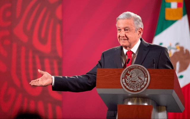 AMLO enumera los tres principales problemas de México: la pandemia, crisis económica y la violencia - Foto de EFE