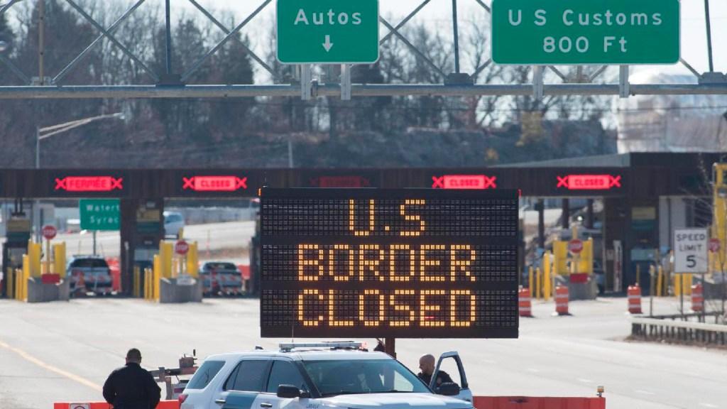 Canadá mantendrá cerrada su frontera terrestre con EE.UU. hasta el 21 de enero - Canadá mantendrá cerrada su frontera terrestre con EE.UU. hasta el 21 de abril. Foto  The Canadian Press