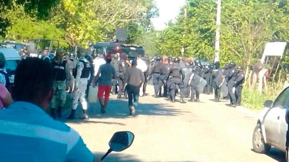 Desalojan a damnificados en Huimanguillo, Tabasco; hay 10 heridos por bala de goma - Desalojan a damnificados en Huimanguillo, Tabasco; hay 10 heridos por bala de goma. Foto Twitter @sinreservas620