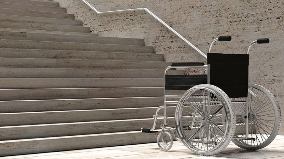 Entorno obstaculiza a personas con discapacidad - Foto de EFE