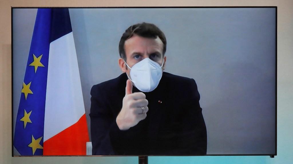 Macron finaliza cuarentena tras dar positivo a COVID-19 - Emmanuel Macron en videoconferencia tras dar positivo a COVID-19. Foto de EFE