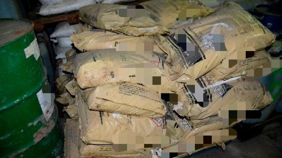 FGR incinera más de 110 toneladas y más de 65 mil litros de sustancias para elaborar drogas en Culiacán, Sinaloa - FGR incinera más de 110 toneladas y más de 65 mil litros de sustancias para elaborar drogas en Culiacán, Sinaloa. Foto FGR