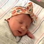 Nace bebé de embrión congelado durante 27 años