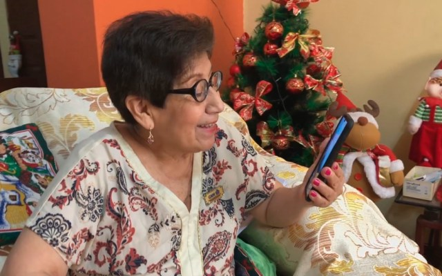 Un cuento de Navidad contado por ancianos en tiempos de pandemia - Foto de EFE