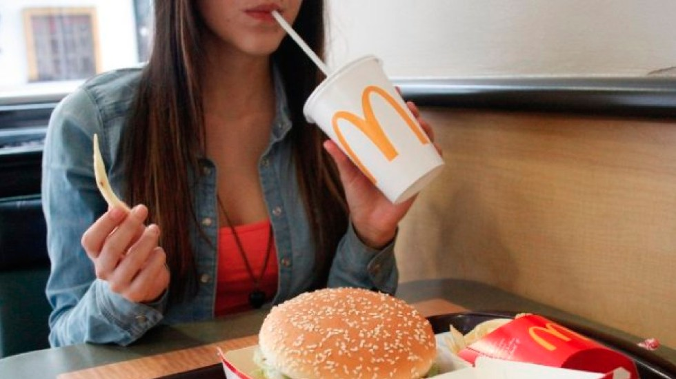 Reabren investigación contra McDonald's por muerte de dos empleados en Perú - Reabren investigación contra McDonald's por muerte de dos empleados en Perú. Foto Twitter @McDonalds_PER