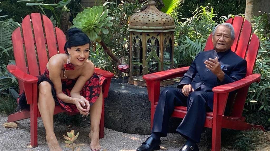 """Lamenta Susana Zabaleta muerte de Armando Manzanero: """"Me quedo con el brillo de su mirada"""" - Susana Zabaleta con Armando Manzanero. Foto de Susana Zabaleta"""