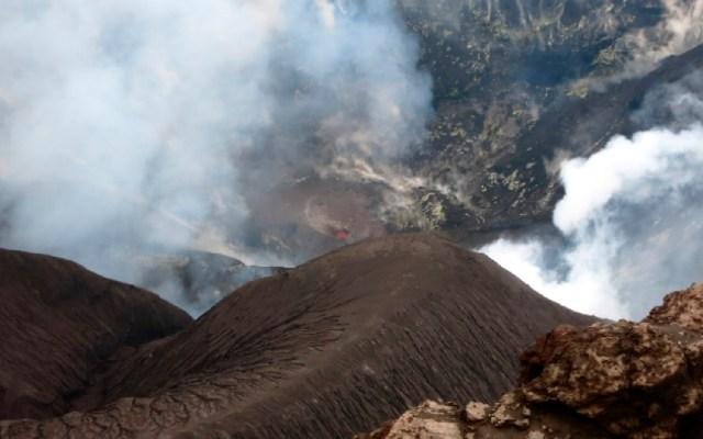 Isla del sudeste de Japón en alerta por erupción volcánica - Una isla del sudeste de Japón en alerta por una erupción volcánica. Foto Google Maps