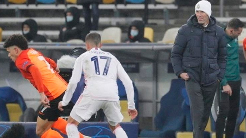 """""""No voy a renunciar"""" sentencia Zidane tras derrota ante Shakhtar en la Champions - Zinedine Zidane descarta dimitir tras la derrota ante el Shakhtar en la Champions. Foto EFE"""