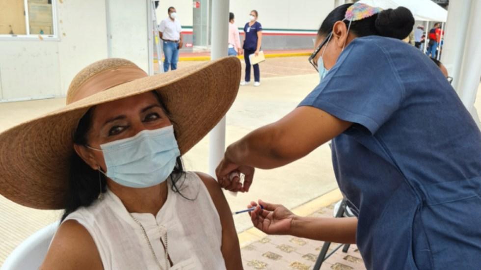 Regidora por Morena en Acapulco presume que ya se vacunó contra COVID-19 - Foto de Facebook