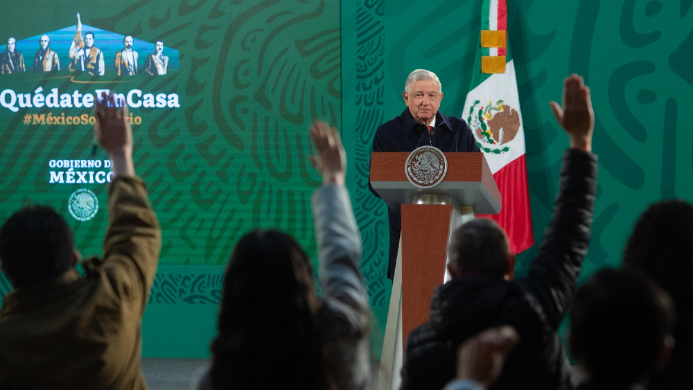 Nadie propuso que se cancelen 'mañaneras' de AMLO, pero ley establece suspender transmisión íntegra: INE - AMLO Lopez Obrador conferencias mañaneras