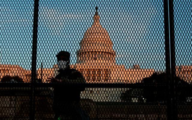 """FBI alerta sobre """"protestas armadas"""" en todo EE.UU. contra resultado electoral - Foto de EFE"""
