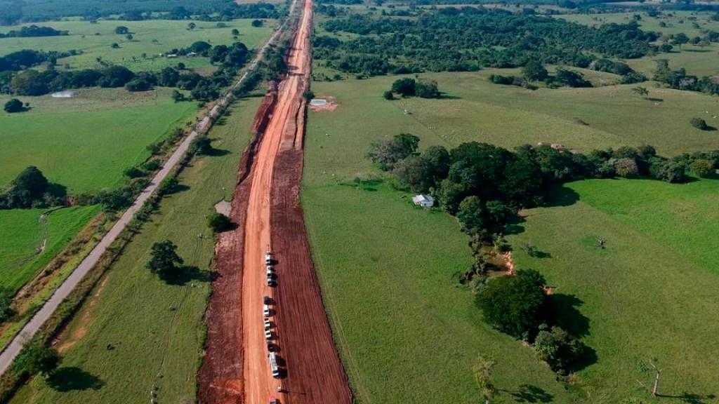 Juzgado concede suspensión que impide nuevas obras del 'Tren Maya' en tres comunidades de Yucatán - Conceden suspensión que impide nuevas obras en tres comunidades de Yucatán por 'Tren Maya'. Foto Twitter @TrenMayaMX