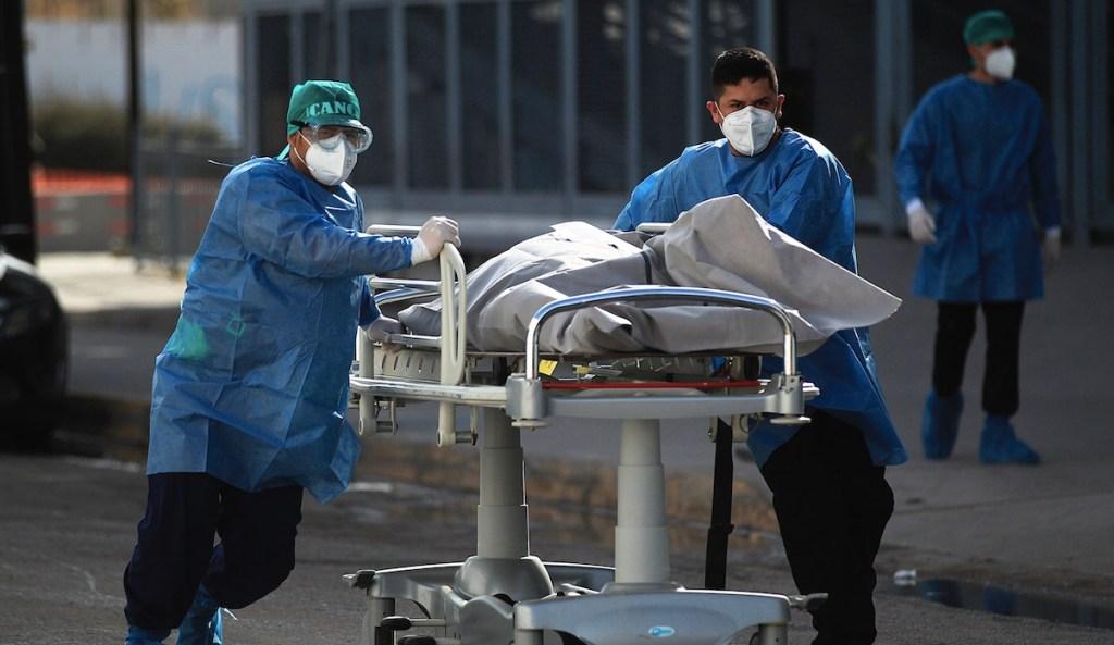 México se mantiene como el peor país para estar durante la pandemia, según Bloomberg - Foto de EFE