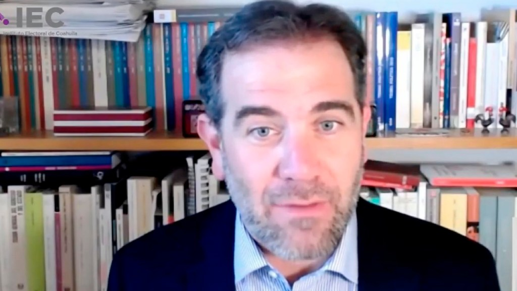 Disturbios en EE.UU., advertencia de riesgo para democracia mexicana, advierte Lorenzo Córdova - Disturbios en EE.UU., advertencia del riesgo para democracia mexicana, afirma Lorenzo Córdova. Foto Twitter @INEMexico