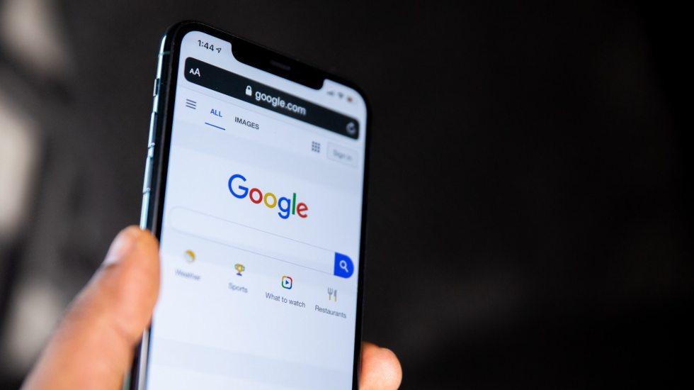 Por ley de prensa, Google amenaza con desactivar búsquedas en Australia - Imagen de Archivo de Google. Foto de Solen Feyissa para Unsplash.