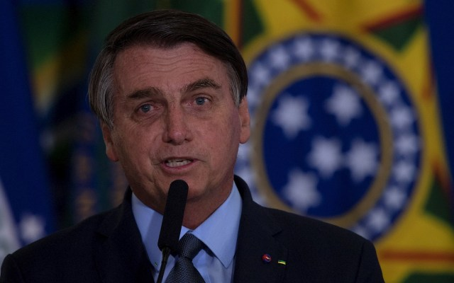 """La vida sigue"", el lamento de Jair Bolsonaro por las 200 mil muertes por COVID-19 en Brasil - Jair Bolsonaro Brasil presidente mandatario"