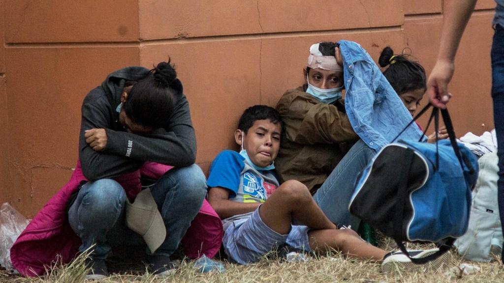 Miembros de caravana migrante hondureña dan positivo a COVID-19 - Miembros de caravana migrante hondureña. Foto de EFE