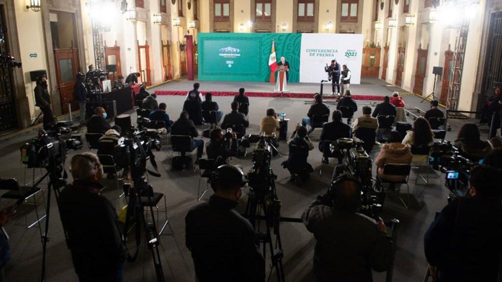 Gobierno de López Obrador niega ante INE pagar a reporteros por cubrir 'mañaneras' - Reporteros que asisten a conferencia matutina de López Obrador. Foto de Gobierno Federal