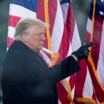 La atención del juicio político a Trump se enfoca en el Senado de EE.UU. - Trump durante mitin en la Casa Blanca previo a toma del Capitolio. Foto de EFE