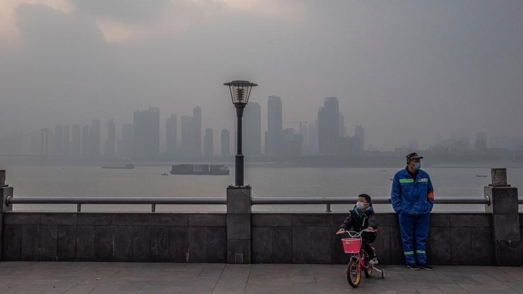 Wuhan cumple un año del cierre de 76 días tras descubrimiento del SARS-CoV-2 - Foto de EFE